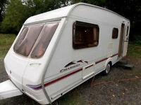 Swift Charisma 565 2004 Lightweight 4 Berth Touring Caravan Centre Dinette