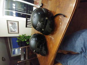 2 motorcycle helmets for sale with sun visors