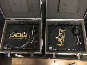 TURNTABLES!  Technics (pair) SL-1200 MK2 Black GREAT CONDITION