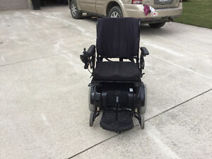 Power chair scooter by pride Sarnia Sarnia Area image 3