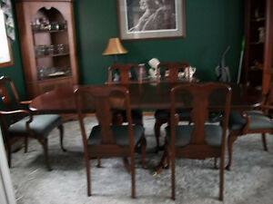 Dining Table + 6 Chairs London Ontario image 2