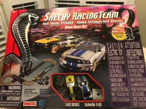 Shelby Mustang Racing Team Road Race Set