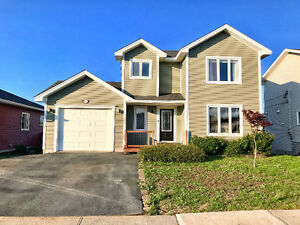 Great Southlands home on greenbelt w/ heatpump! 3 bed, 4 bath.