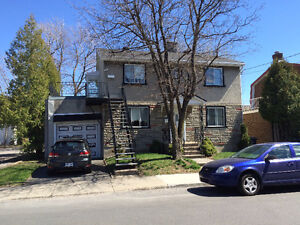 Large 4 1/2 Renovated with dinning room, basement and backyard