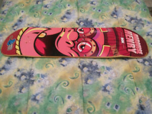(CHEAP!) DGK SKATEBOARD DECK 8 INCH,USED ONCE,EXCELLENT SHAPE