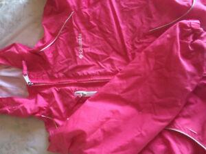 Girls size 7/8 Columbia jacket. Pink