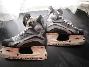 Hockey Equipment - Helmet, Shoulder Pads, Skates - Play The Game