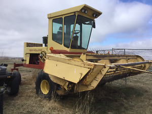 New holland 12ft self propelled haybine