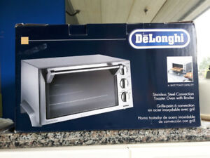 Delonghi Toaster and Convection Oven
