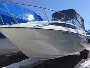2010 Bayliner 245 - ONLY 50 HOURS *NEGOTIABLE*