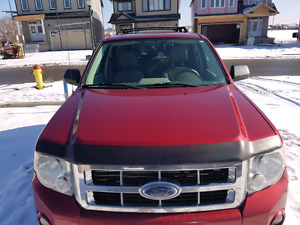 2008 Ford Escape AWD Navigation & Remote starter!!