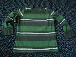 Boys Size 4 Long Sleeve Cotton T-Shirt by Old Navy Kingston Kingston Area image 1