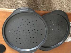 Wilton Pizza Pans BOGO