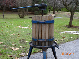 APPLE, GRAPE, CIDER, WINE PRESS.