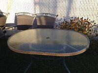 Ensemble table chaises extérieure - 30$