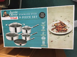 Brand new never taken out of box Jamie Oliver 9 peice cookware