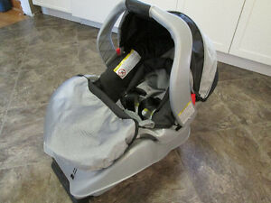Infant car seat and base