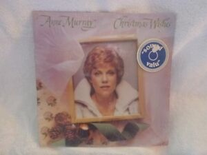 33 LP RECORD  ANNE MURRAY CHRISTMAS WISHES