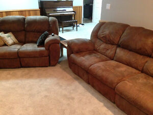 Reclining Sofa & Reclining LoveSeat