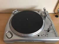 ION USB record player/ turntable with iPod dock