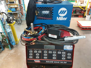 SOUDEUSE LINCOLN; SQUARE WAVE TIG 255 USAGÉ A VENDRE