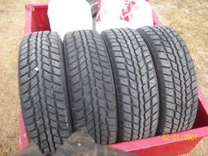 4 pneus neufs 175-70-r13
