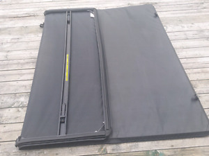 Ford F150 6.5 foot box cover