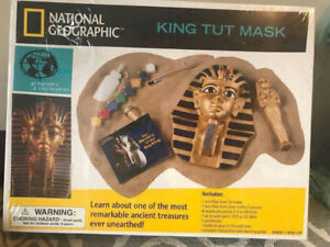 National Geographic King Tut Mask BNIB