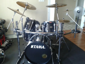 Tama Rockstar all wood 5 pc. drumset with lots of extras