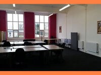 Desk Space to Let in Manchester - M35 - No agency fees