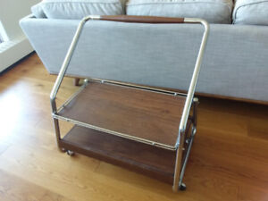 Rolling TV Stand/Cart - Vintage Mid Century
