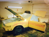 """""""MISSING  LINK"""" AUTO BODY AND PAINTING"""