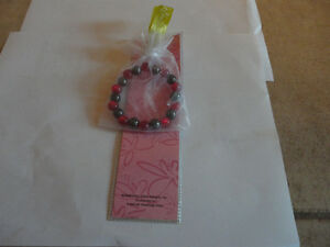 Brand new magnetic bracelet and bookmark giftset London Ontario image 3