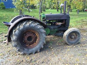 AR John Deere Tractor