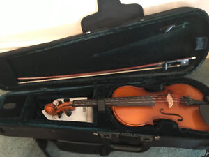 3/4 Violin, bow and case