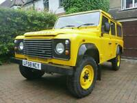 Land Rover Defender 110 TDCi Station Wagon (7 Seats)