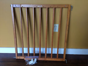 Wooden Safety 1st Gate. Expandable