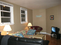 Queen's 1st yr - great location, 3-bed top floor of house May 1!