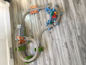 Toys - Thomas and Friends Master Track Castle Quest