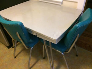 Vintage Formica Table ONLY $60