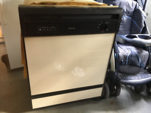 Kenmore Automatic Undercounter Dishwasher