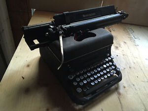 Vintage Remington Typewriter