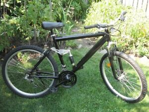 """21 speed 26"""" full suspension Super Cycle mountain bike"""