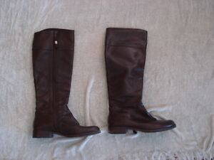 LIKE NEW Ralph Lauren Leather Boots Size 5.5 ! Regularly 300+