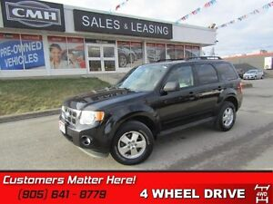 2011 Ford Escape XLT   V6, LEATHER, 4X4, SYNC!