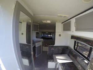Interior renovated 1992 19ft travel trailer