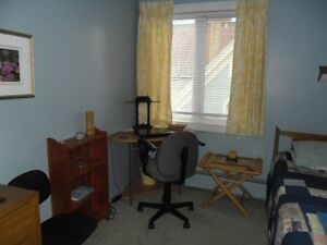 Lovely room 4 rent near Universities & hospitals $550 per month.