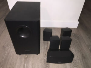 Onkyo 5.1 speakers/with subwoofer