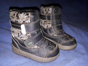 Toddler Boys Camo Boots Size 5