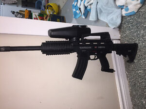 Tippmann X7 Phenom .68 Caliber Paintball Marker Customized